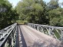 Silniční most přes Tichou Orlici v Pelinách.